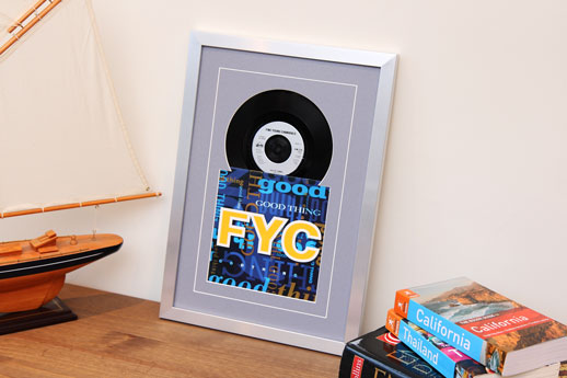 7inch Sleeve & Disc Silver Frame Grey Mount