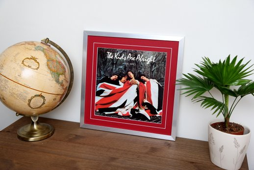 "12"" Sleeve Silver Frame with Red Mount"